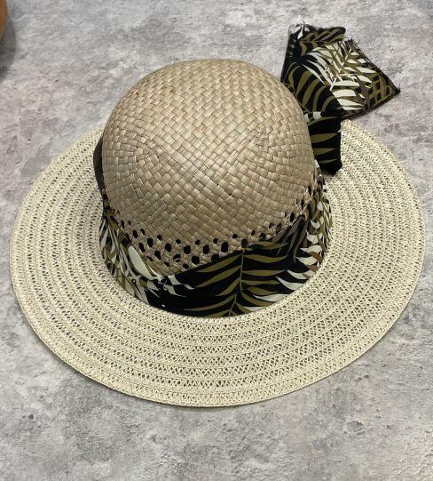 Дамска сламена шапка с панделка
