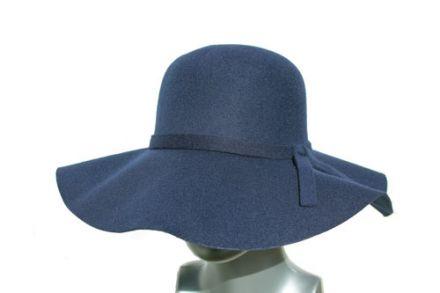Дамска филцова шапка