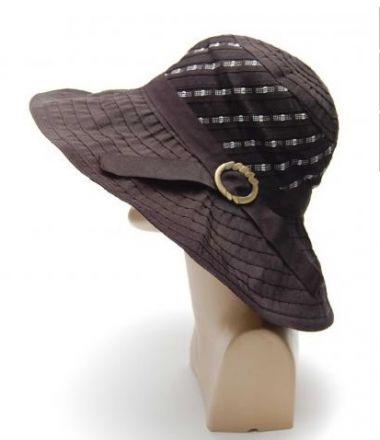 Дамска шапка от текстилни ленти